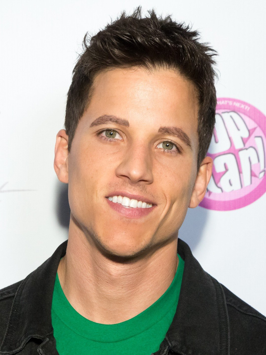 Mike C. Manning Wikipedia, Age, Height, Boyfriend, Family